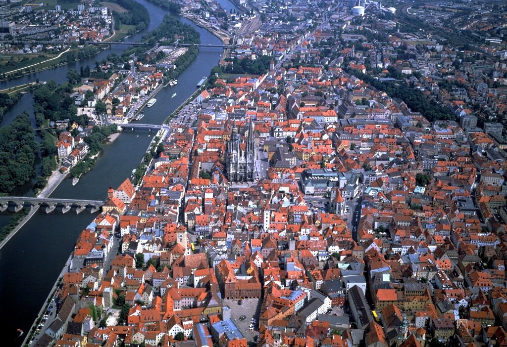 http://www.horydoly.cz/foto/regensburg_vanoce2009/img00001.jpg