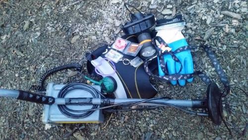 Záchrana travelbugů na dně Hostivařské přehrady