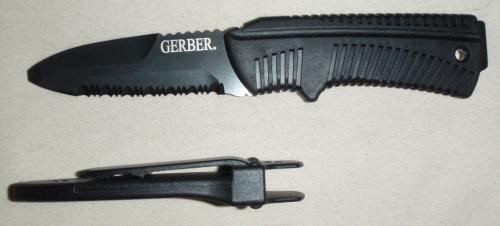 Vodácký nůž Gerber River Mate.