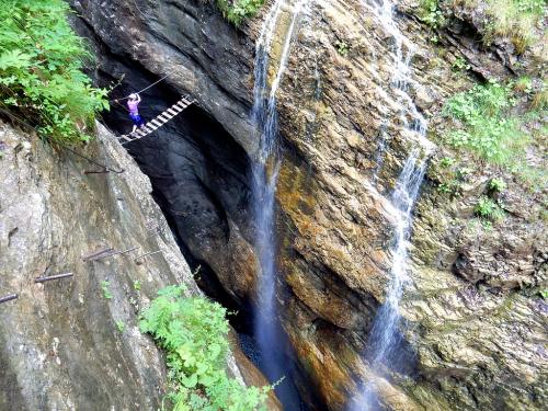 Klettersteig Postalmklamm : Zábavná rakouská feráta postalmklamm horydoly.cz outdoor generation